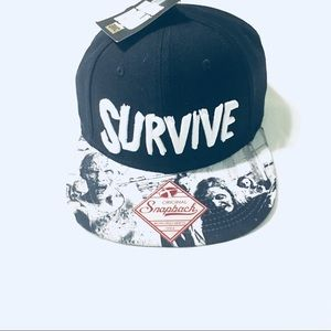 Other - 🆕The Walking Dead Survive Snapback.